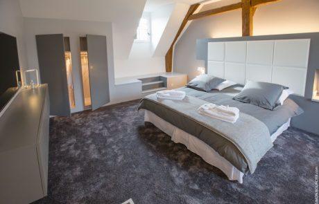 Suite parentale avec lit double de l'appartement de vacances Philippe à Cheverny